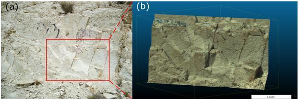 Figura 1. (a) Fotografía de un talud rocoso en San Blas, Alicante; (b) nube de puntos 3D del talud rocoso escaneado con un láser escáner terrestre. Fuente: http://hdl.handle.net/10045/51107